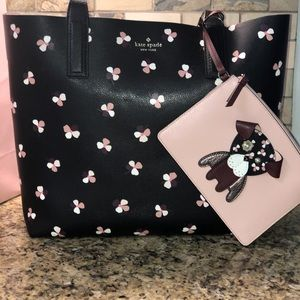Kate Spade LG Reversible tote WKRU6238 BRAND NEW